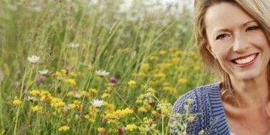 Wie man Symptome der Perimenopause erkennt, und ihnen entgegenwirkt