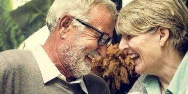 10 Tipps, wie Ihr Sexleben auch jenseits der 50 aufregend bleibt