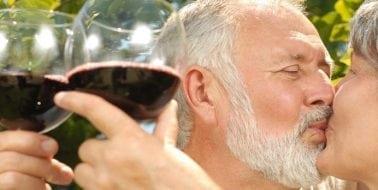 Möchten Sie Ihr sexuelles Verlangen erhöhen? Trinken Sie mehr Wein!